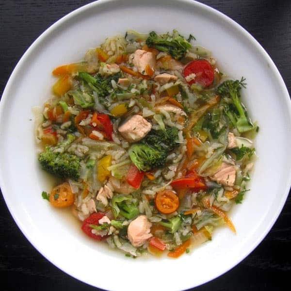 Laša zupa ar basmati rīsiem un dārzeņiem