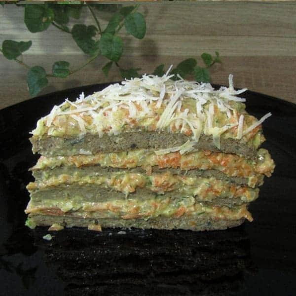 Aknu tortīte ar dārzeņiem