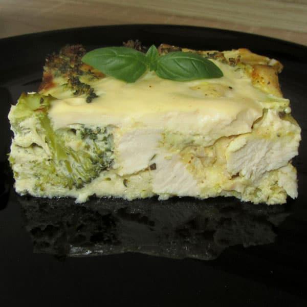 Brokoļu un vistas filejas sacepums ar sieru