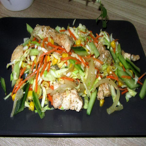 Siltie vistas filejas-kāpostu salāti