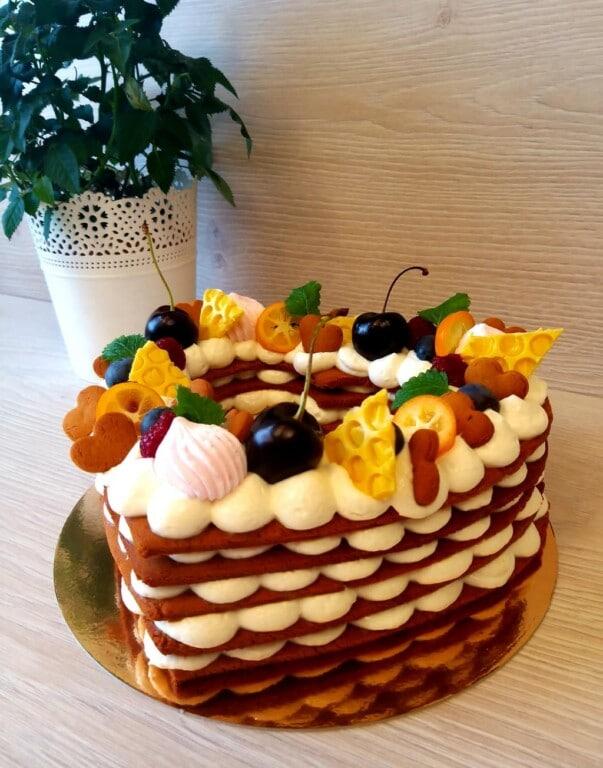 """Medus torte """"Kārums"""" (bez glutēna)"""