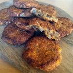 Auzu pārslu cepumi ar zemesriekstu sviestu bez olām