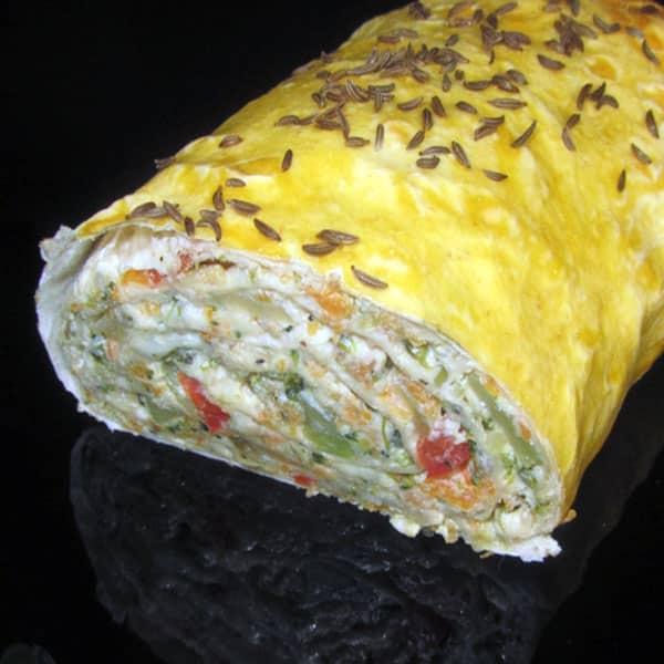 Lavaša rulete ar dārzeņiem, sieru un svaigo sieru Ricotta