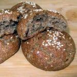 Rudzu maizītes ar sezamu