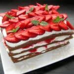 Zemeņu – biezpiena torte