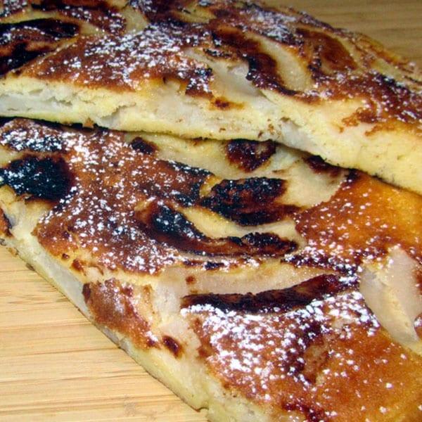Ābolu pīrāgs pannā