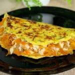 Cukini pankūka ar dārzeņiem un sieru