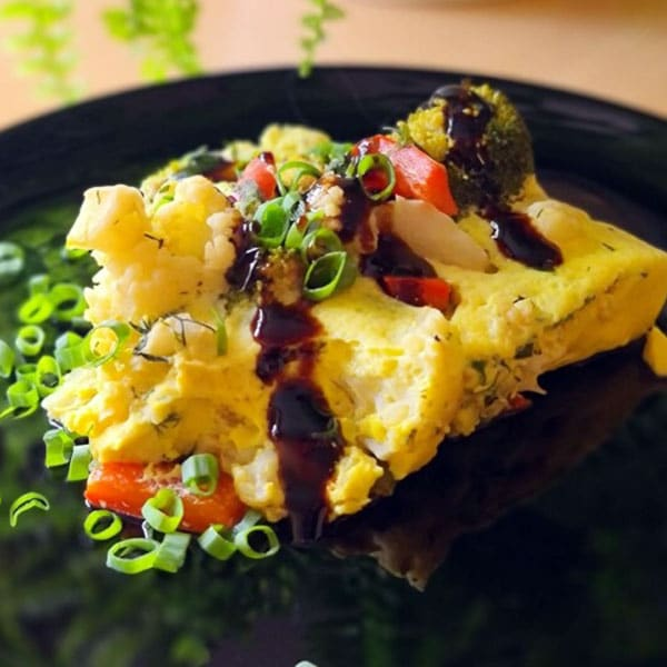 Dārzeņu omlete ar sieru