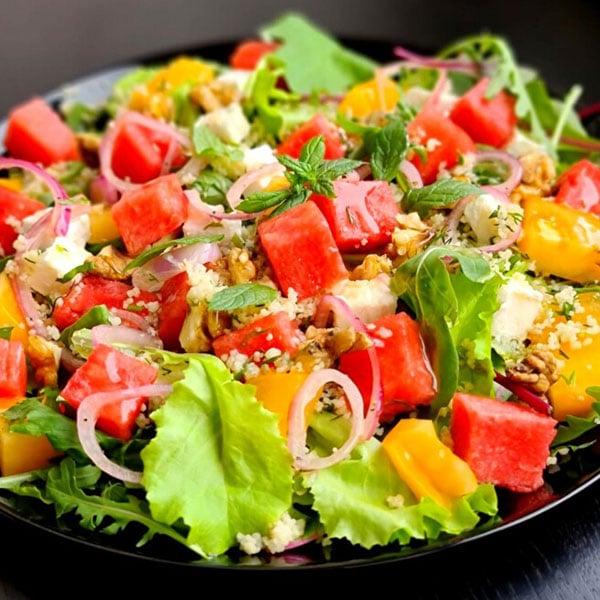Svaigie salāti ar arbūzu un Fetas sieru